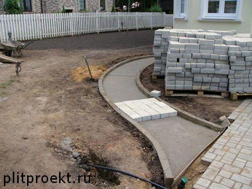Что представляет собой укладка плитки на бетонную основу в Одинцово